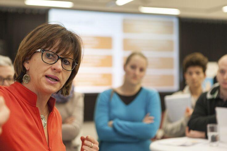 FSW-Mitarbeiterinnen im Austausch (Bild: FSW)